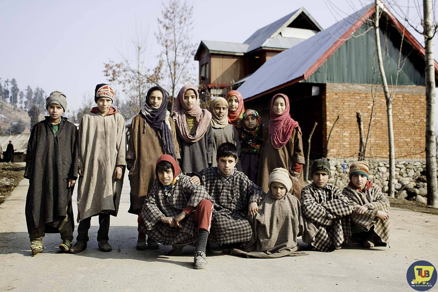 Walk Through Kashmir - A Heaven On Earth
